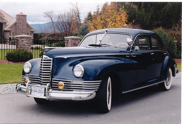 Another ¾ front view of this 1947 Packard Super Clipper. Packard produced 4802 units of this model.