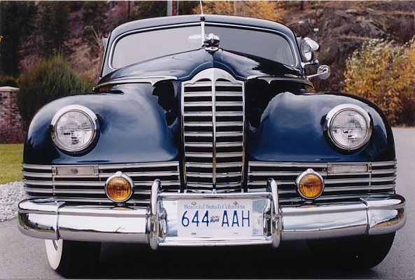 Front view of this lovely Packard designed by Darrin.
